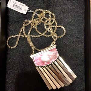 NWT Kendra Scott necklace